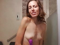 Youtuber mom rain masturbating